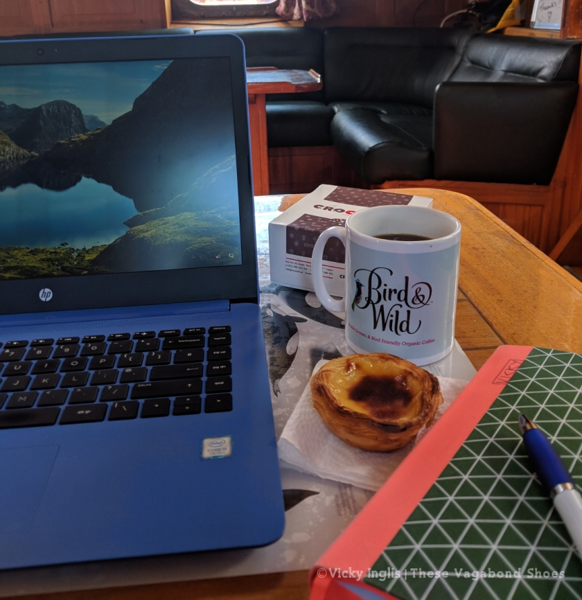 blogging_and_coffee_1_small