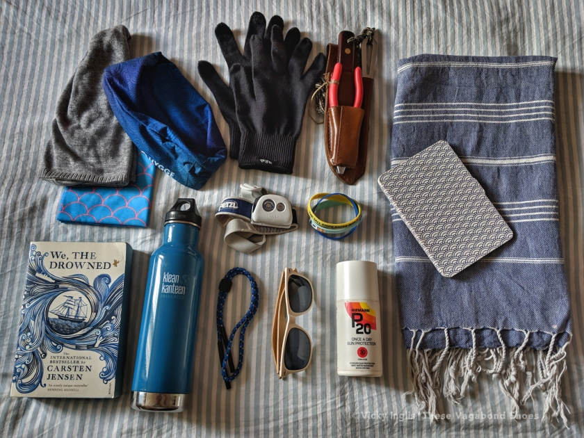 sailing_flatlay_4_small