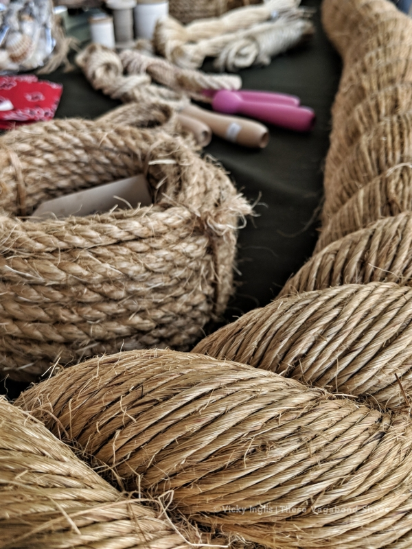 traditional_twine_small