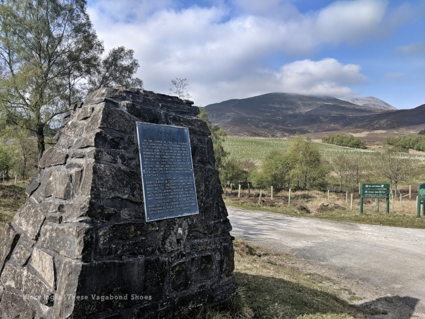 The Maskylene plaque at Braes of Foss commemorating the Schiehallion Experiment