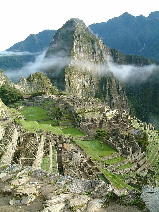 540px-Peru_Machu_Picchu_Sunrise.jpg