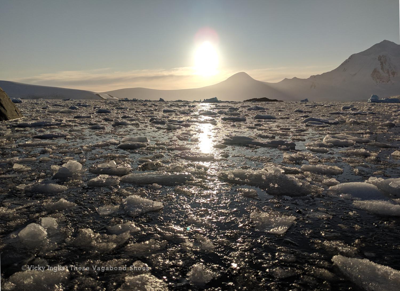 PL1920_sunset_ice_1.1